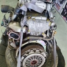 Motor Nissan Navarra D22 2.5 TD 2004 ref: YD25
