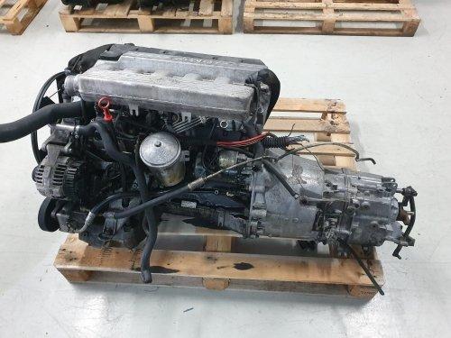 Motor BMW E34 2.5 TD 1996 Ref 256T1 completo para automóveis