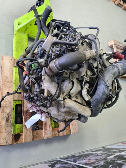 M9T 702 3